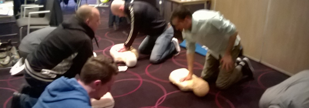 Practising CPR Skills – Pool Responder Course